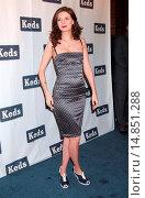 Купить «Mischa Barton (wearing a Dolce & Gabbana dress) at arrivals for Unveiling of Spring 2008 KEDS Ad Campaign by Mischa Barton, The Box, New York, NY, December...», фото № 14851288, снято 5 декабря 2007 г. (c) age Fotostock / Фотобанк Лори