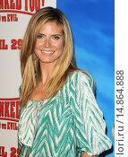 Купить «Heidi Klum at arrivals for HOODWINKED TOO! Hood vs Evil, Pacific Theaters at The Grove, Los Angeles, CA April 16, 2011. Photo By: Dee Cercone/Everett Collection», фото № 14864888, снято 16 апреля 2011 г. (c) age Fotostock / Фотобанк Лори