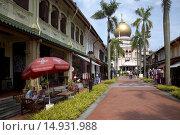 Купить «Street, sultan mosque, Arab street, Singapore», фото № 14931988, снято 22 сентября 2018 г. (c) age Fotostock / Фотобанк Лори