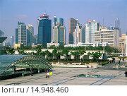 Купить «Century Square and Pudong Skyscrapers», фото № 14948460, снято 11 июня 2005 г. (c) age Fotostock / Фотобанк Лори