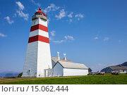 Купить «Alnes Lighthouse, Alesund, More og Romsdal, Norway.», фото № 15062444, снято 15 июля 2020 г. (c) age Fotostock / Фотобанк Лори