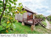 Купить «Wooden cottage, Gudauta, Abkhazia.», фото № 15118052, снято 14 декабря 2017 г. (c) age Fotostock / Фотобанк Лори