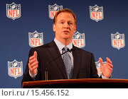 NFL Commissioner Roger Goodell holds a press conference at the Hilton... (2014 год). Редакционное фото, фотограф HRC / WENN.com / age Fotostock / Фотобанк Лори