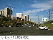 Купить «Городской перекресток», эксклюзивное фото № 15859032, снято 20 сентября 2015 г. (c) Игорь Веснинов / Фотобанк Лори