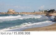 Купить «Волнение на море в Кейсарии, Израиль», видеоролик № 15898908, снято 13 декабря 2015 г. (c) Наталья Волкова / Фотобанк Лори