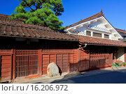 Купить «Japan, Chugoku Region, Okayama Prefecture, Takahashi, Nariwa, Traditional house.», фото № 16206972, снято 19 февраля 2019 г. (c) age Fotostock / Фотобанк Лори