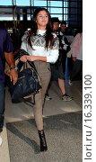 Купить «Selena Gomez at Los Angeles International Airport (LAX) Featuring: Selena Gomez Where: Los Angeles, California, United States When: 09 Mar 2015 Credit: MONEY$HOT/WENN.com», фото № 16339100, снято 9 марта 2015 г. (c) age Fotostock / Фотобанк Лори