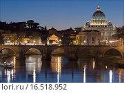 Купить «Petersdom bei Nacht», фото № 16518952, снято 30 сентября 2005 г. (c) easy Fotostock / Фотобанк Лори