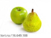 Apfel und Birne. Стоковое фото, фотограф Carmen Steiner / easy Fotostock / Фотобанк Лори