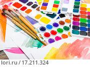 Купить «Новые акварельные краски», фото № 17211324, снято 4 декабря 2015 г. (c) Алёшина Оксана / Фотобанк Лори