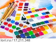 Купить «Новые акварельные краски», фото № 17211348, снято 4 декабря 2015 г. (c) Алёшина Оксана / Фотобанк Лори