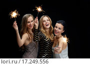Купить «happy young women dancing at night club disco», фото № 17249556, снято 21 ноября 2015 г. (c) Syda Productions / Фотобанк Лори