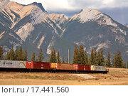 Купить «Train passing through the Rocky Mountains of Alberta», фото № 17441560, снято 3 июля 2020 г. (c) easy Fotostock / Фотобанк Лори