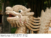 Купить «Голова дракона, фрагмент скульптуры. Пагода Лонг Шон (Chua Long Son). Город Нячанг, Вьетнам», эксклюзивное фото № 17577112, снято 8 июля 2015 г. (c) Щеголева Ольга / Фотобанк Лори