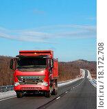 Купить «The red truck on a winter road.», фото № 18172708, снято 21 августа 2019 г. (c) easy Fotostock / Фотобанк Лори