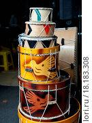 Купить «drums in the market of Otavalo», фото № 18183308, снято 30 марта 2020 г. (c) easy Fotostock / Фотобанк Лори