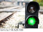 Купить «Зеленый сигнал светофора», фото № 18529100, снято 3 апреля 2020 г. (c) easy Fotostock / Фотобанк Лори