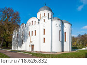 Купить «Борисоглебская церковь в Чернигове (XII в.)», фото № 18626832, снято 19 октября 2011 г. (c) Николай Голицынский / Фотобанк Лори