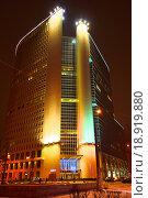 Купить «Бизнес-центр «Прео-8» («Преображенский»). Преображенская площадь, 8. Москва», эксклюзивное фото № 18919880, снято 3 января 2016 г. (c) lana1501 / Фотобанк Лори