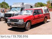 Купить «Mazda B2200», фото № 19700916, снято 17 ноября 2015 г. (c) Art Konovalov / Фотобанк Лори