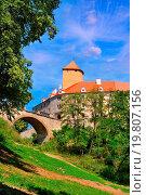 Купить «Medieval castle Veveri overlooking Svratka river, Brno dam, Southern Moravia, Czech Republic, Central Europe», фото № 19807156, снято 19 октября 2018 г. (c) easy Fotostock / Фотобанк Лори