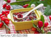 Купить «Cornel jam», фото № 20023088, снято 20 августа 2013 г. (c) easy Fotostock / Фотобанк Лори