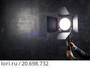 Использование светового оборудования в фотостудии. Стоковое фото, фотограф Виктор Колдунов / Фотобанк Лори