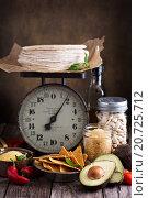 Купить «Ингредиенты для блюд мексиканской кухни», фото № 20725712, снято 11 декабря 2015 г. (c) Елена Веселова / Фотобанк Лори