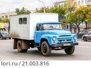 Купить «ZIL 130», фото № 21003816, снято 20 сентября 2011 г. (c) Art Konovalov / Фотобанк Лори