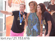 Abby Wambach and Hope Solo appear on the 'Today' show (2015 год). Редакционное фото, фотограф WENN.com / age Fotostock / Фотобанк Лори