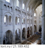 Laon, Kathedrale/ Blick vom südlichen Triforium in das Mittelschiff. Стоковое фото, фотограф Uwe Dettmar / age Fotostock / Фотобанк Лори