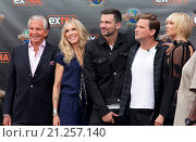 Купить «The cast of the new reality show 'Stewarts & Hamiltons' arrive for an interview on 'Extra' at Universal City Walk Featuring: George Hamilton, Alana Stewart...», фото № 21257140, снято 23 июля 2015 г. (c) age Fotostock / Фотобанк Лори
