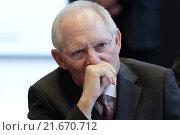 Berlin, Germany, the CDU / CSU parliamentary group meeting, Wolfgang Schäuble, Federal Minister of Finance (2015 год). Редакционное фото, агентство Caro Photoagency / Фотобанк Лори