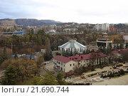 Купить «Вид на город Кисловодск зимой», эксклюзивное фото № 21690744, снято 19 января 2016 г. (c) Алексей Гусев / Фотобанк Лори