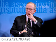 Купить «Italian Minister of Economy and Finance Pier Carlo Padoan during the meeting Italy and the UK addressing global challenges in a reformed EU, organizated...», фото № 21703420, снято 3 февраля 2016 г. (c) age Fotostock / Фотобанк Лори