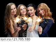 Купить «happy young women dancing at night club disco», фото № 21705180, снято 21 ноября 2015 г. (c) Syda Productions / Фотобанк Лори
