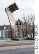 Купить «Berlin, Germany, the deportation memorial Putlitzbrücke», фото № 21726280, снято 28 января 2015 г. (c) Caro Photoagency / Фотобанк Лори