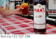 Купить «Berlin, Germany, Pimms in glasses», фото № 21727196, снято 27 июля 2014 г. (c) Caro Photoagency / Фотобанк Лори