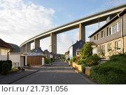 Купить «Siegen, Germany, Siegtalbruecke the A45 near Siegen», фото № 21731056, снято 27 мая 2015 г. (c) Caro Photoagency / Фотобанк Лори