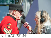 London, Great Britain, a Chelsea Pensioner Interview with Jo Good (2015 год). Редакционное фото, агентство Caro Photoagency / Фотобанк Лори