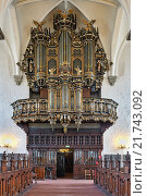 Купить «Орган в церкви Святой Троицы в Кристианстаде, Швеция», фото № 21743092, снято 11 декабря 2015 г. (c) Михаил Марковский / Фотобанк Лори