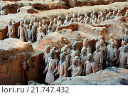 Купить «China, Shaanxi province, Xian, Lintong site, Detail of some of the six thousand statues in the Army of Terracotta Warriors, 2000 years old, from the tomb...», фото № 21747432, снято 16 октября 2015 г. (c) age Fotostock / Фотобанк Лори