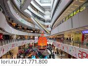 Hong Kong, China, apm shopping mall in Kowloon (2009 год). Редакционное фото, агентство Caro Photoagency / Фотобанк Лори