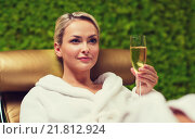 Купить «beautiful young woman drinking champagne at spa», фото № 21812924, снято 15 декабря 2014 г. (c) Syda Productions / Фотобанк Лори