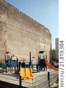 Купить «Berlin, Germany, game devices on a playground», фото № 21819984, снято 7 апреля 2009 г. (c) Caro Photoagency / Фотобанк Лори
