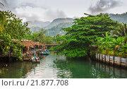 Купить «Рыбацкая деревня на острове в Юго-Восточной Азии, Ко Чанг, Таиланд», фото № 21877708, снято 1 апреля 2015 г. (c) Олег Жуков / Фотобанк Лори