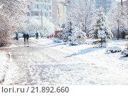 Зимний солнечный город (2016 год). Редакционное фото, фотограф Елена Ганненко / Фотобанк Лори