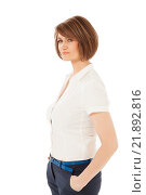 Купить «Женщина с короткой стрижкой в белой блузке и брюках», фото № 21892816, снято 11 декабря 2015 г. (c) Данил Руденко / Фотобанк Лори