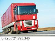 Купить «lorry truck on highway road», фото № 21893340, снято 24 апреля 2012 г. (c) Дмитрий Калиновский / Фотобанк Лори