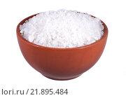 Купить «Соль поваренная пищевая в коричневой миске, изолированно на белом фоне», фото № 21895484, снято 23 января 2016 г. (c) Литвяк Игорь / Фотобанк Лори